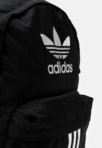 adidas Originals - CLASSIC UNISEX - Rucksack - black - 4