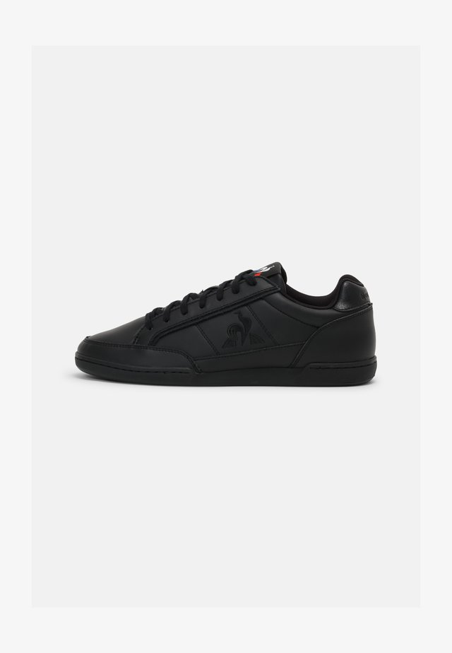 TOURNAMENT UNISEX - Sneakers basse - triple black
