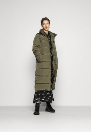 ONLISABEL X-LONG 2IN1 PUFFER  - Vinterkappa /-rock - kalamata