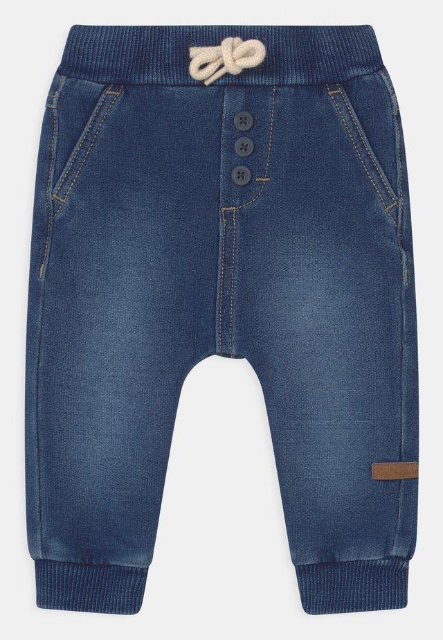 NBMROMEO - Jeans baggy - medium blue denim