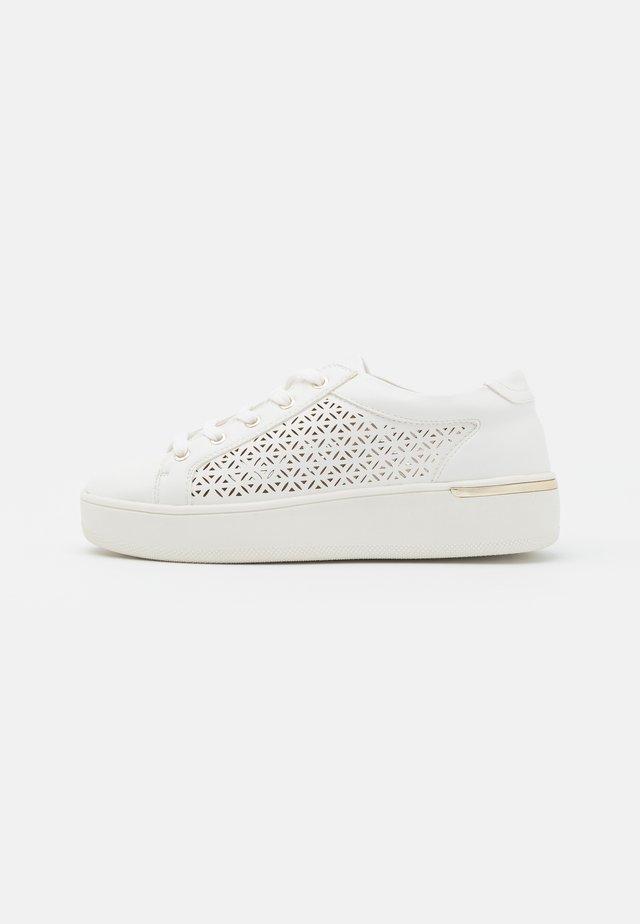 ARLO - Sneakers laag - white