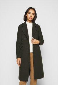 ONLY Petite - ONLLOUIE LIFE COAT - Zimní kabát - rosin - 0