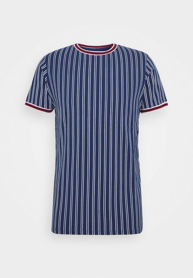 TEE - Camiseta estampada - blue depths