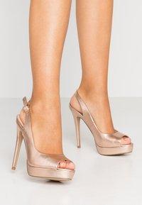 Miss Selfridge - PLATFORM COURT - Peeptoe heels - rose gold - 0