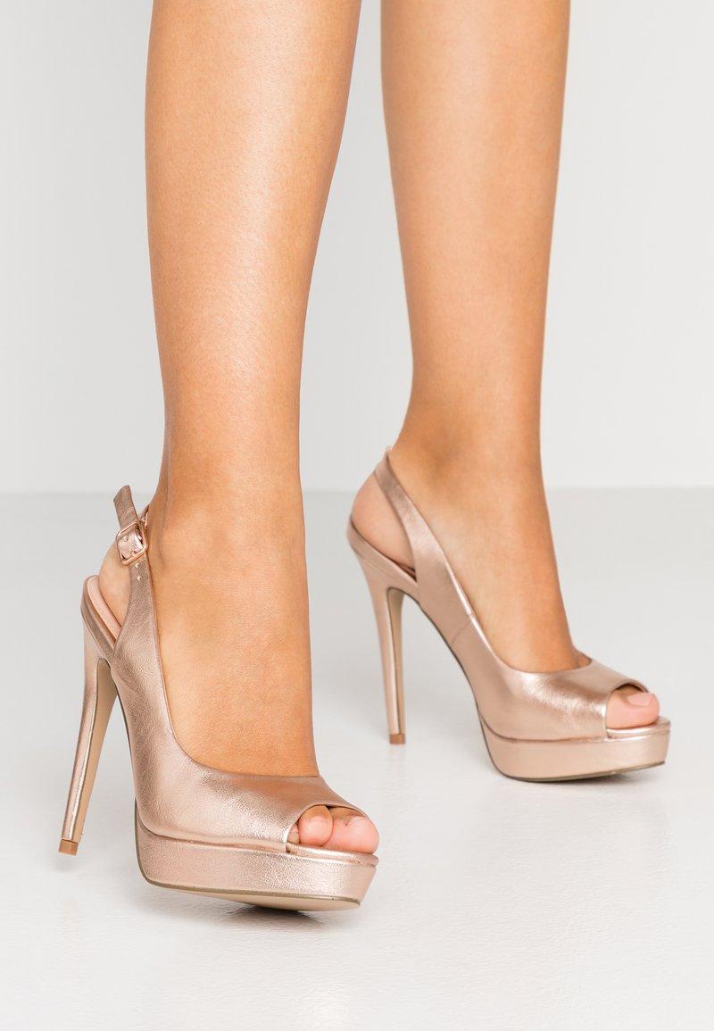 Miss Selfridge - PLATFORM COURT - Peeptoe heels - rose gold