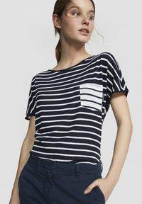 North Sails - Print T-shirt - dark blue - 2