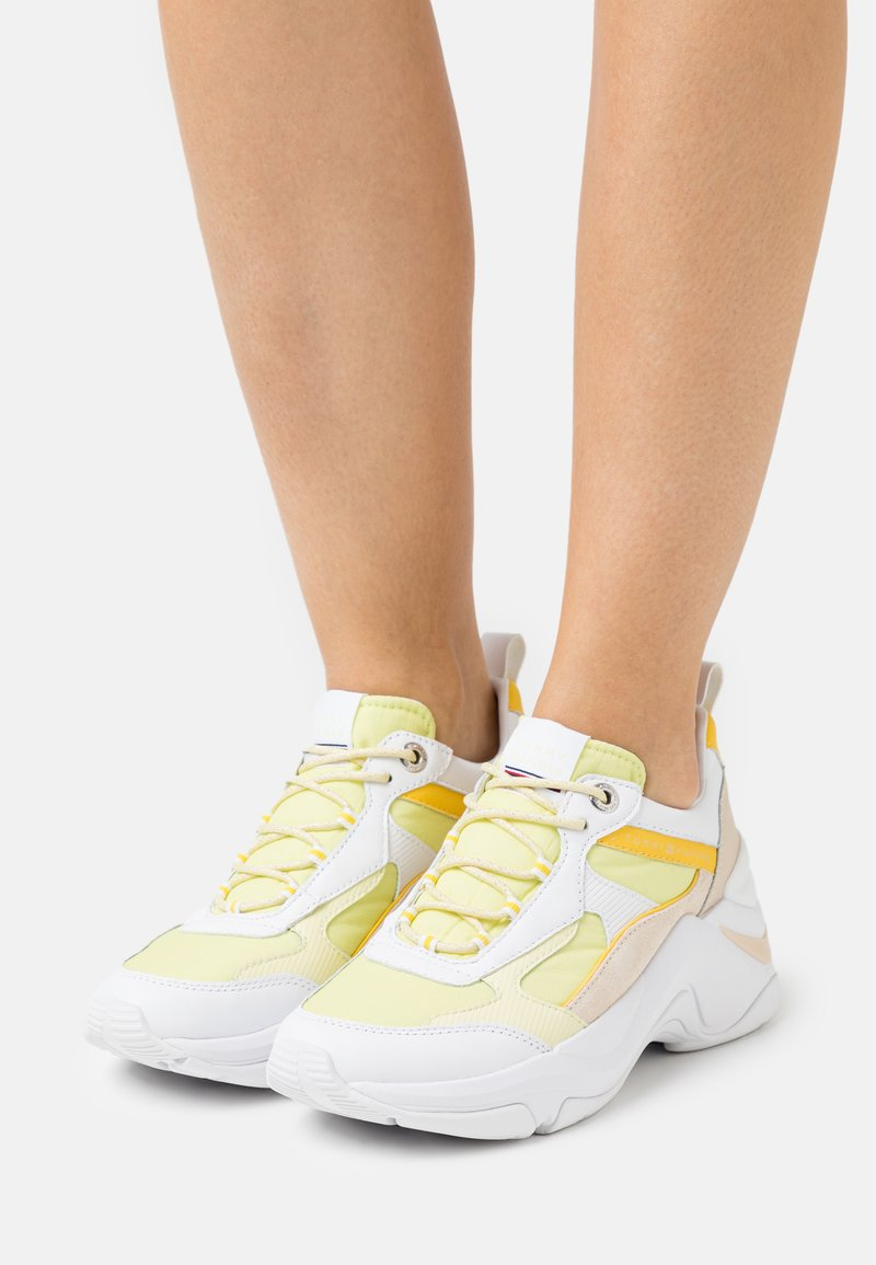 Tommy Hilfiger - FASHION - Sneakers laag - frosted lemon