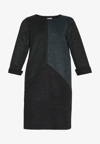 Nümph - NUKWANO DRESS - Day dress - ponderosa - 3