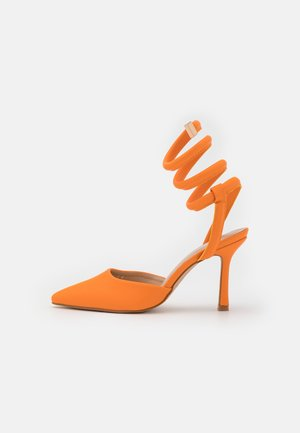 KARLIE - Classic heels - orange