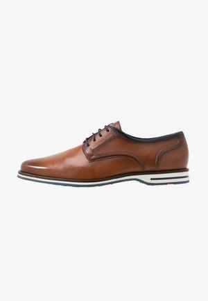 DETROIT - Šněrovací boty - cognac