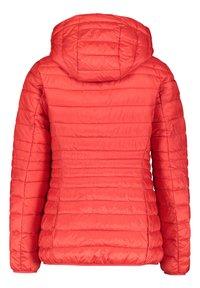 Esprit - DAMEN MIT KAPUZE - Winter jacket - rot (74) - 4