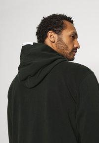 Nike Sportswear - Sweatshirt - black - 4