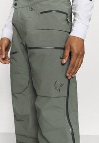 Norrøna - LOFOTEN GORE TEX PRO PANTS - Pantaloni da neve - grey - 6
