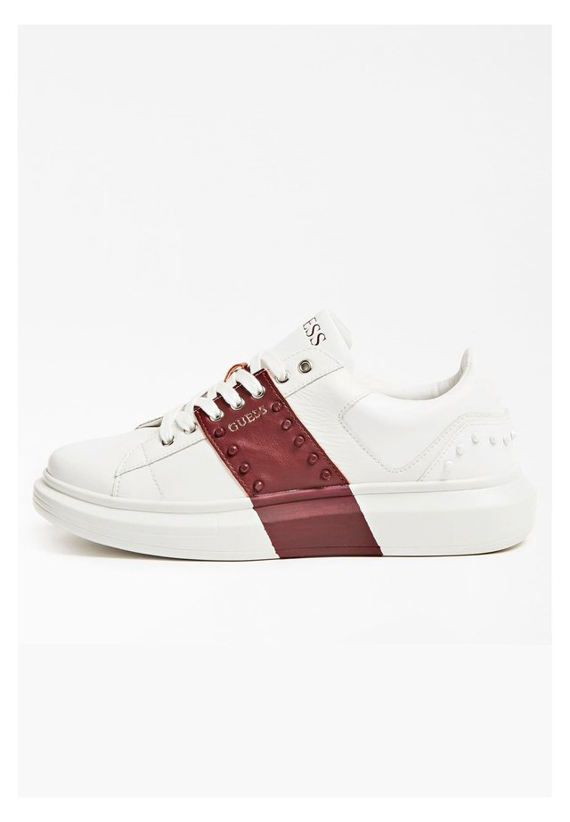 SALERNO - Sneakers basse - red