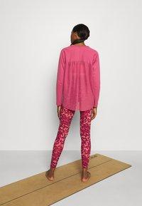 adidas Performance - DANCE LAYERING - Longsleeve - pink - 2