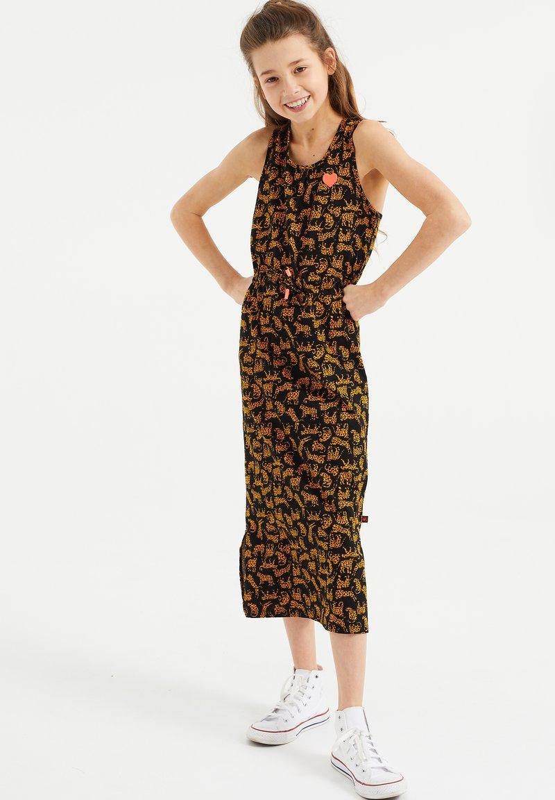 WE Fashion - MET PANTERDESSIN - Maxi-jurk - all-over print
