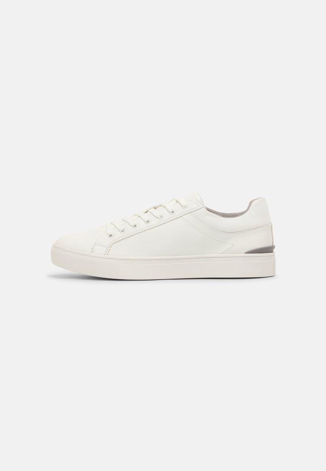 EISINGEN - Sneakers laag - white