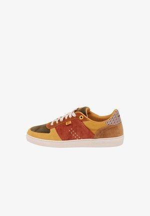 MARIE - Sneakersy niskie - khaki ,yellow