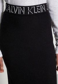 Calvin Klein Jeans - LOGO WAISTBAND SKIRT - Pencil skirt - black - 4