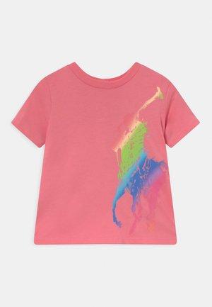 TEE - T-Shirt print - ribbon pink
