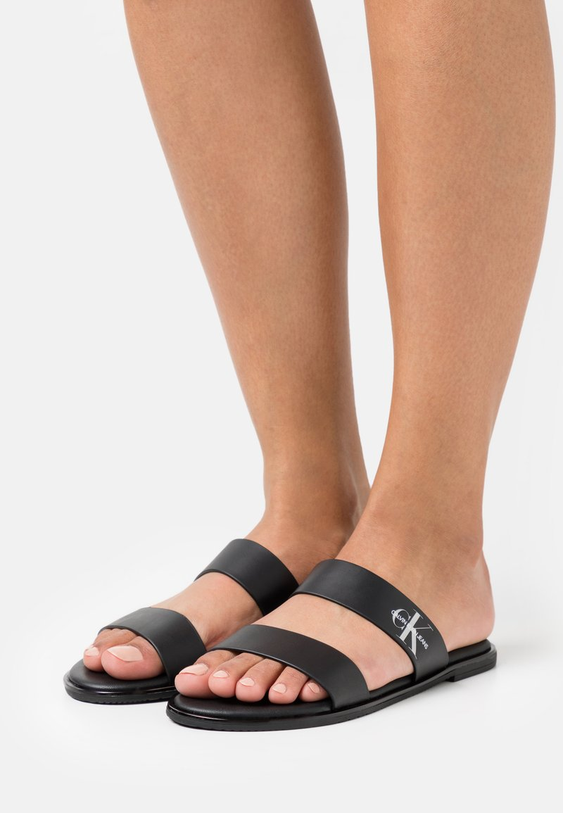 Calvin Klein Jeans - FLAT TWO STRAPS - Pantofle - black