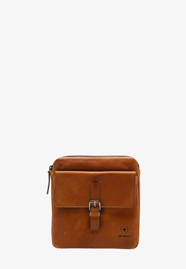 BLACKWALL - Across body bag - cognac