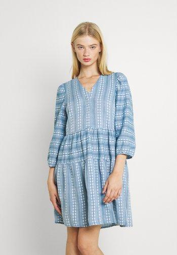 YASPACCA DRESS - Vapaa-ajan mekko - cashmere blue