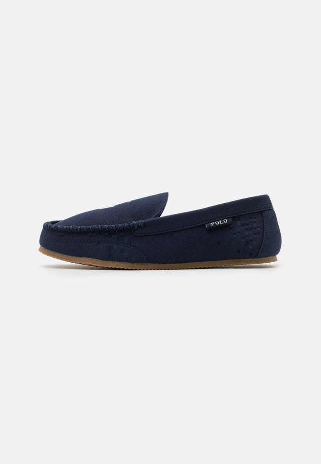 DEZI  - Chaussons - navy/white