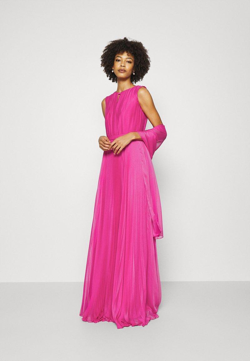 Pronovias - STYLE - Vestido de fiesta - azalea pink