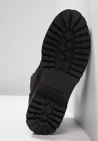 Jack & Jones - JFWSTOKE BOOT MONO - Šněrovací kotníkové boty - black - 4