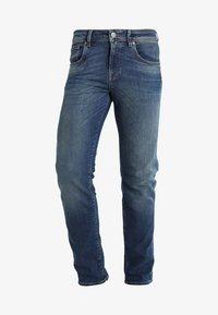 Selected Homme - SHNSLIM LEON - Jeans Slim Fit - medium blue denim - 5