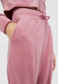 Stradivarius - Tracksuit bottoms - rose - 3
