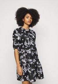 Vero Moda Petite - VMASIA DRESS  - Sukienka letnia - black - 3