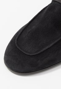 CLOSED - DANDELION - Slip-ons - black - 2