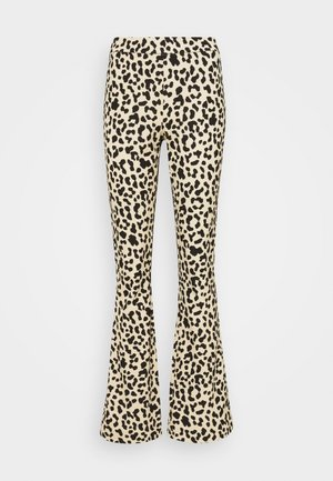 VMKAMMA PANT - Trousers - safari/black