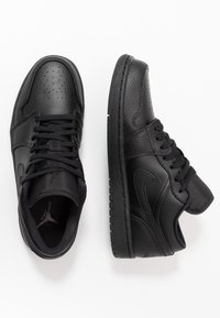 Jordan - Trainers - black