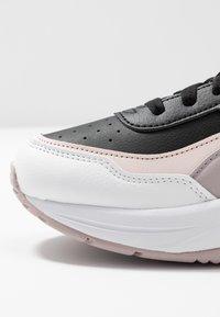 Puma - CILIA MODE - Sneakersy niskie - black/rosewater/raindrops/sun kissed coral - 2
