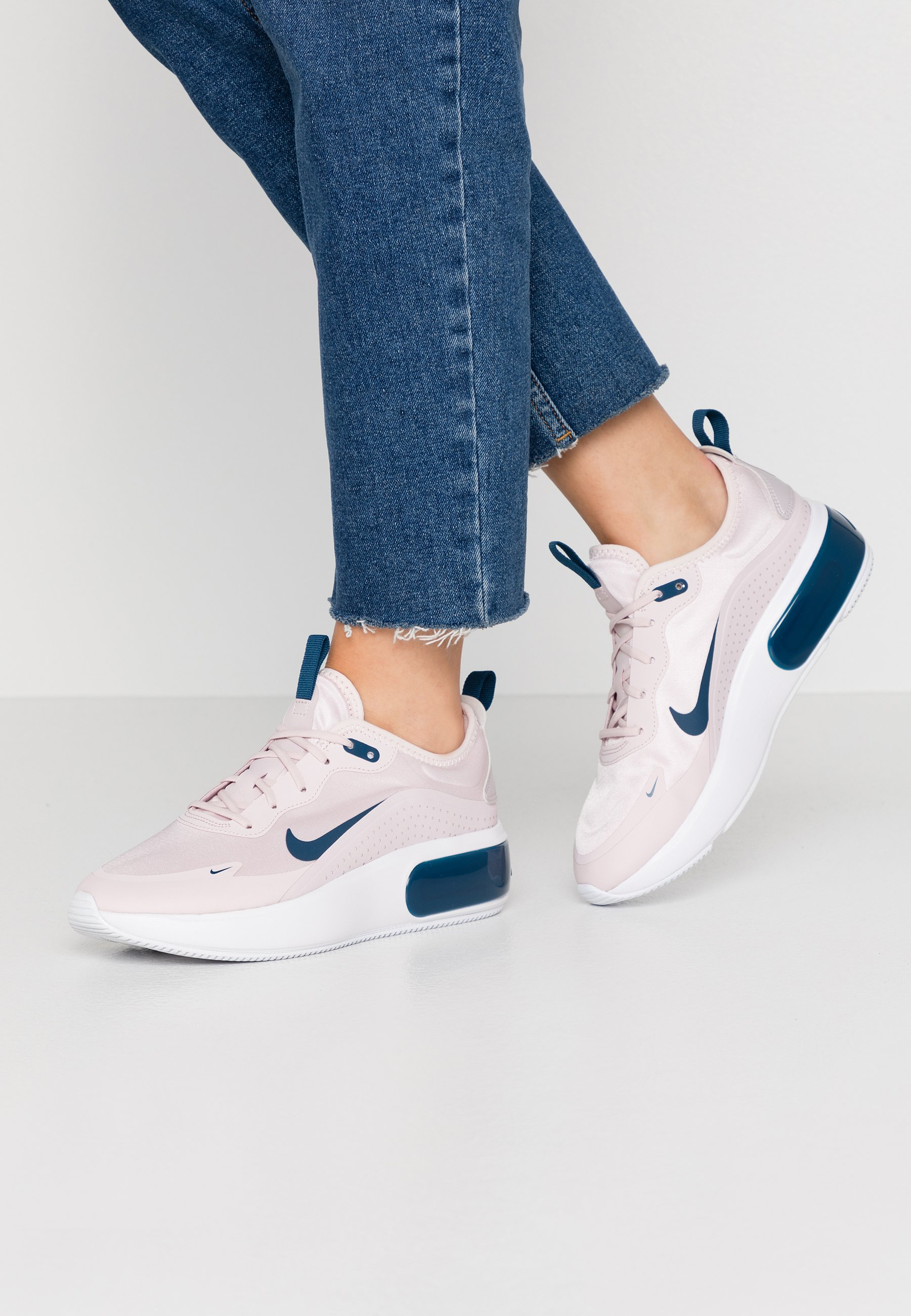 AIR MAX DIA - Baskets basses - barely rose/valerian blue/white