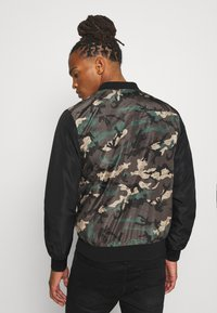 Brave Soul - BLAIR - Bomber Jacket - khaki/charcoal/black - 2