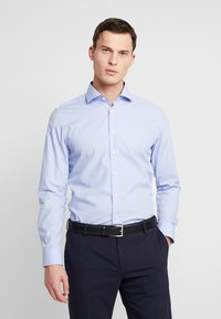 Seidensticker - SLIM FIT SPREAD KENT PATCH - Formal shirt - light blue - 0