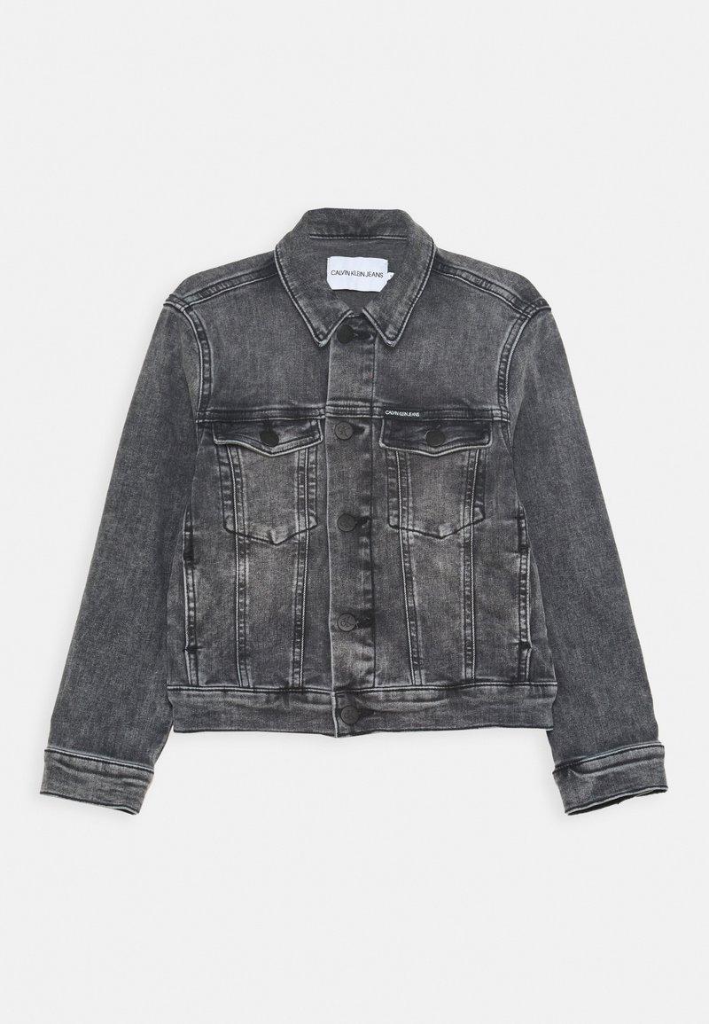 Calvin Klein Jeans - TRUCKER JACKET - Denim jacket - denim