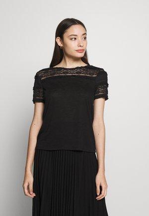 ONLMARJORIE MIX  - T-shirts med print - black