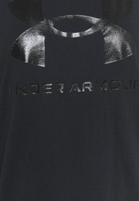 Under Armour - LIVE SPORTSTYLE GRAPHIC - T-shirts med print - black - 5