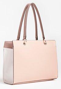 Guess - Handbag - mehrfarbe rose - 1