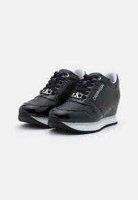 Calvin Klein Jeans - WEDGE LACEUP  - Zapatillas - black - 2