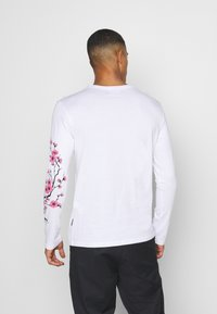 YOURTURN - UNISEX - Long sleeved top - white - 2