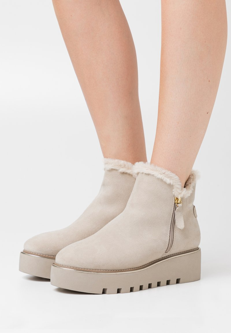Tamaris - BOOTS  - Wedge Ankle Boots - beige