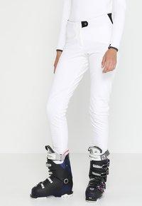 Colmar - LADIES PANTS - Spodnie materiałowe - white - 0