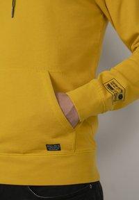 Petrol Industries - Felpa con cappuccio - antique yellow - 4