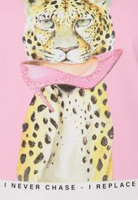 ONLY - ONLVIBE LIFE FIT ANIMAL - Print T-shirt - bright white - 2
